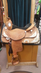 2016 Mary's Tack Custom show